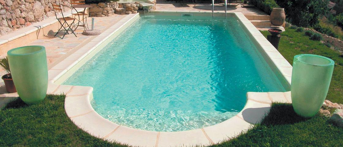 prix coque piscine 8x4 fabulous prix coque piscine 8x4. Black Bedroom Furniture Sets. Home Design Ideas